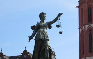 Übersetzungen für Recht und Wirtschaft